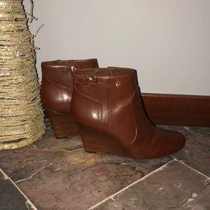 Tory Burch wedge heel bootie excellent condition
